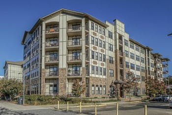 445 W Blount Ave #211