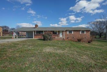 4152 S Singleton Station Rd, Rockford, TN 37853