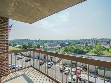 504 Regal Tower - Photo 18